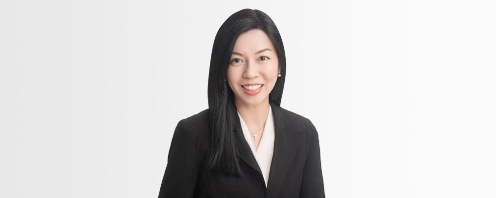 Consultant Emily Tan